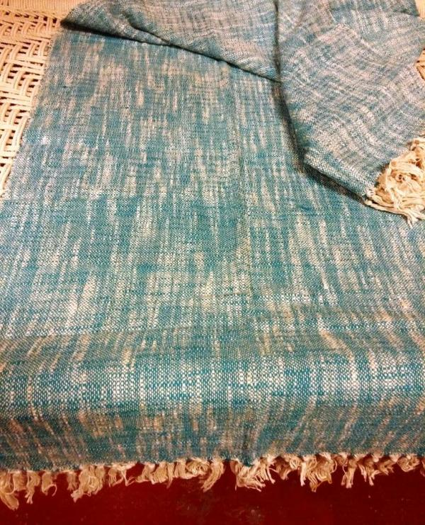 Cotton blanket with fringes